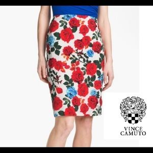 Vince Camuto red rose floral skirt size 4